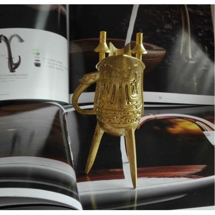 三脚酒杯 古代铜酒杯 仿古乾隆杯 黄铜摆件礼品批发 铜制工艺