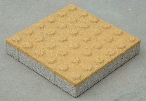 生态透水砖 盲道止步砖  道路用砖 公园用砖