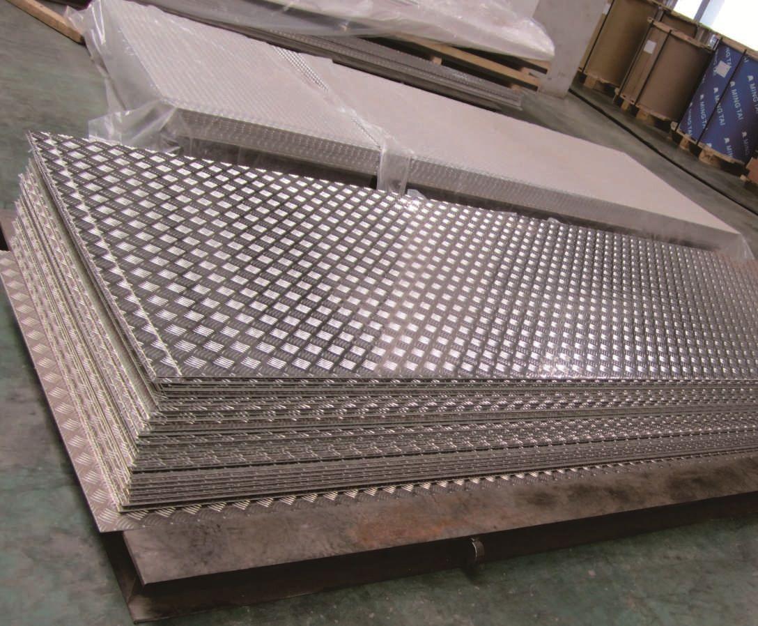 国标耐腐蚀5083花纹铝板,耐磨耐腐蚀5083船用花纹铝板