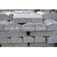 河南芝麻白石材廠生產廠家芝麻灰泌陽紅黃銹石路沿石