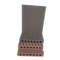 楚雄中信塑木新型材料 圆孔地板四
