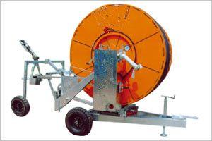 优质卷盘式喷灌机图片
