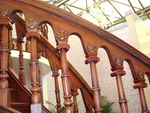 南京红灯木楼梯-柱子扶手-装修实景图26
