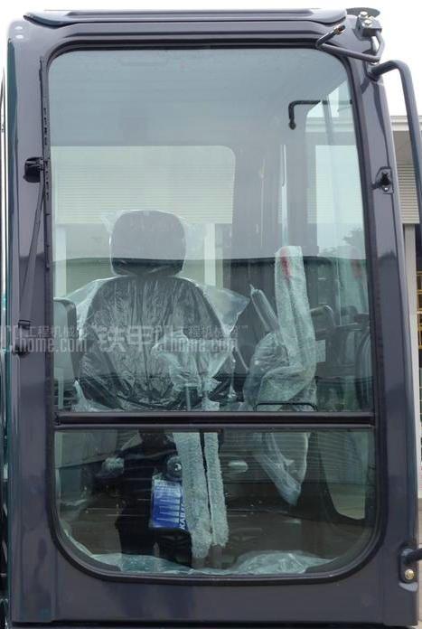 神钢挖掘机200-8驾驶室 侧门 水箱 油缸 挡风玻璃