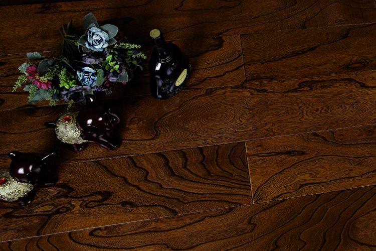 馨逸家多层实木地板 春回大地