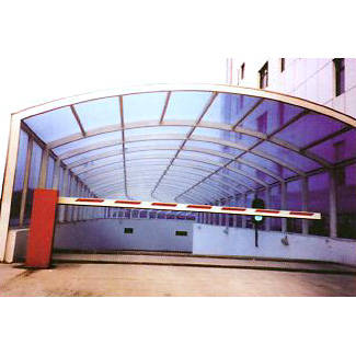 南京联润铁艺装饰工程公司-金属烤漆PC板雨棚