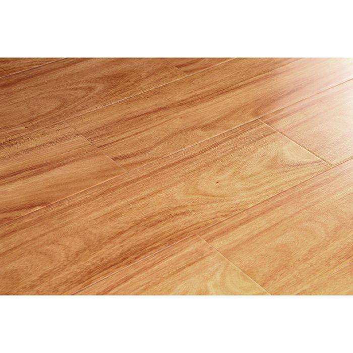 德寶地板83亮麵係列強化木地板83-3紫雲柚木