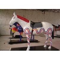 酒店定制彩绘玻璃钢马雕塑摆件