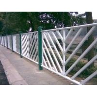 贵州供应人行道栏杆、马路隔离护栏、交通防护栏