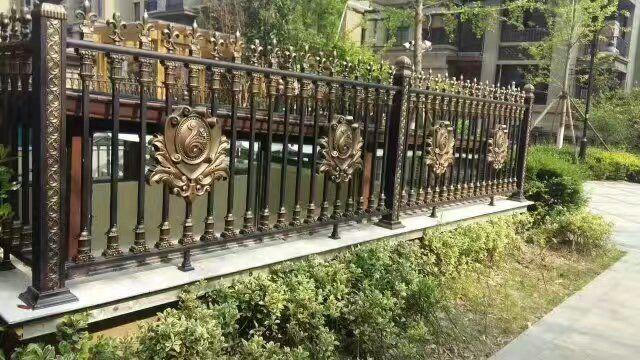 X1001锌钢铁艺护栏、栏杆