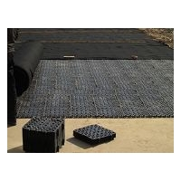 500*500蓄排水板