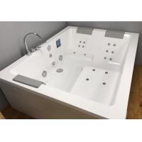JACUZZI SHARP EXTRA 嵌入式按摩浴缸
