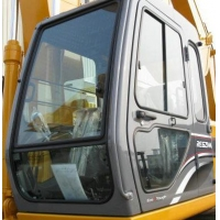 加藤820R挖掘机驾驶室