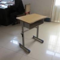长期供应学生课桌椅塑钢课桌椅升降单人课桌