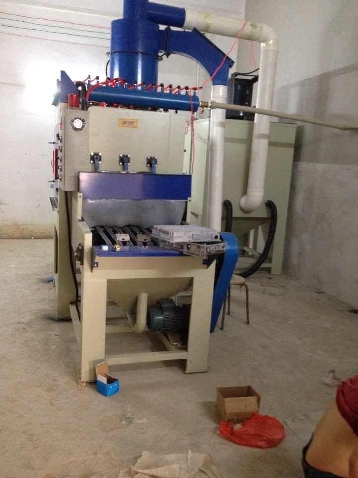 發熱管自動噴砂機發熱盤噴砂機-- 鑫太(科技)