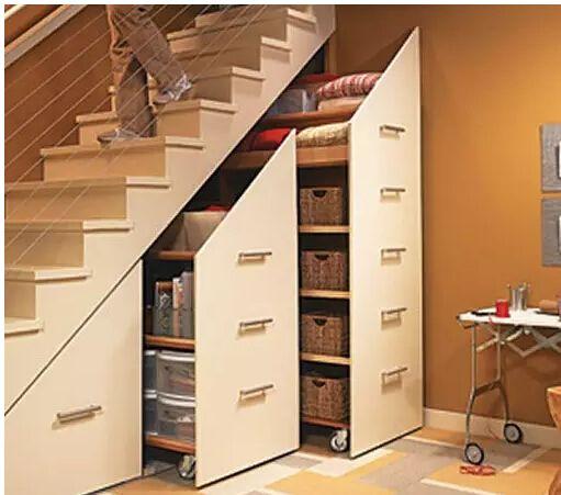 楼梯下面就该这么装修 设计师侯经理