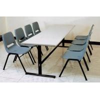 成都学生餐桌椅批发|四川学生餐桌椅批发
