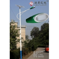 5米太阳能路灯,配led光源