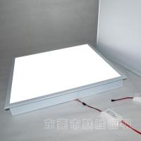 贴片式LED灯盘2835贴片灯盘乳白罩格栅灯