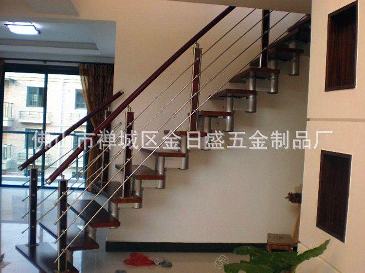 不锈钢圆管夹木楼梯立柱