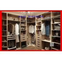 衣柜软包移门整体衣柜厂家宜佰衣柜进口全自动生产线,品质稳定