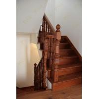 巴洛克风橡木楼梯_线条式处理橡木拉丝楼梯_楼梯专业设计