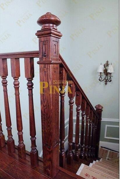 橡木楼梯踏板拉丝优点_特色橡木做旧拉丝工艺_技术性楼梯